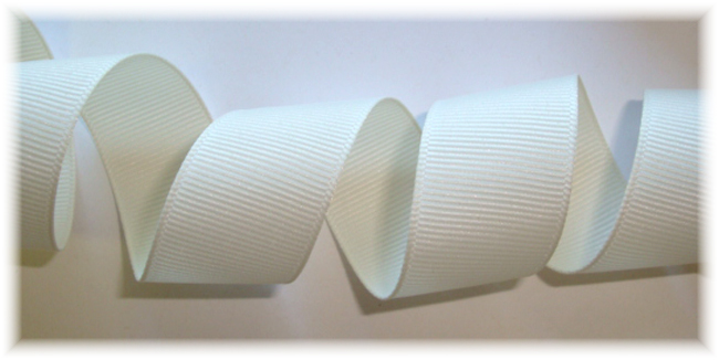 5/8 OFFRAY ANTIQUE WHITE SOLID GROSGRAIN - 5 YARDS