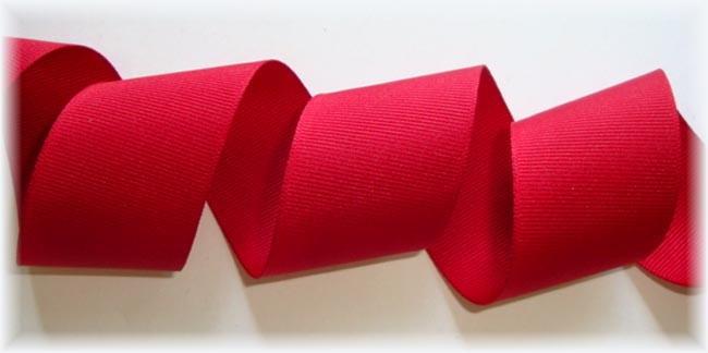 5/8 OFFRAY CRANBERRY SOLID - 5 YARDS