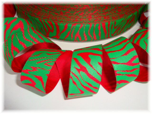 7/8 CHRISTMAS ZEBRA RED GREEN - 5 YARDS