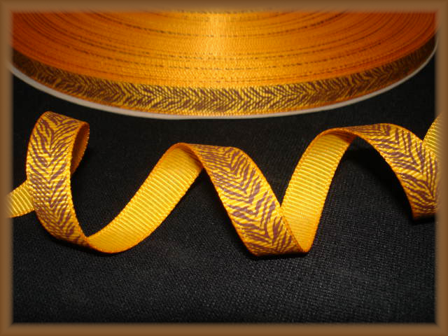 3/8 TIGER STRIPES YELLOW GOLD  - 5 YARDS