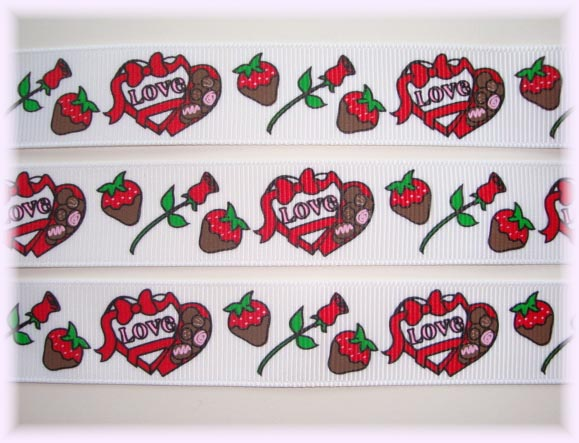 7/8 VALENTINE CANDY SWEETS WH 5 Yards