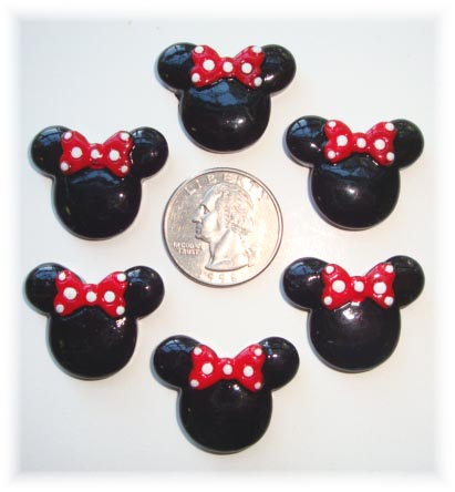 2PC MINNIE 2 RED BOW RESIN
