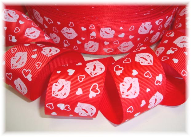 1.5 CUPIDS KISS RED - 5 YARDS