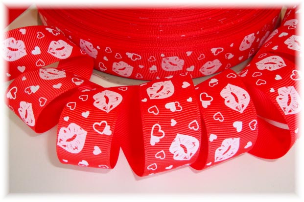 7/8 CUPIDS KISS RED - 5 YARDS