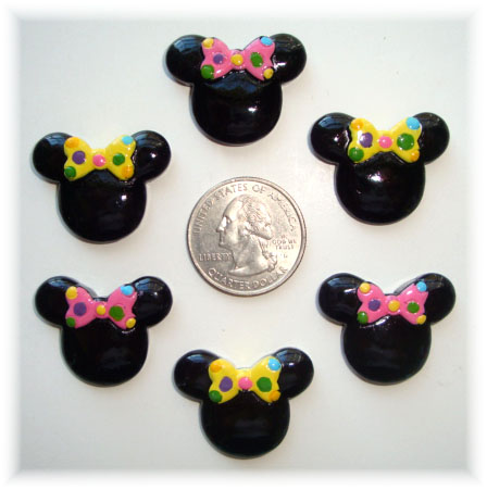 2PC MINNIE BIRTHDAY PARTY RESINS