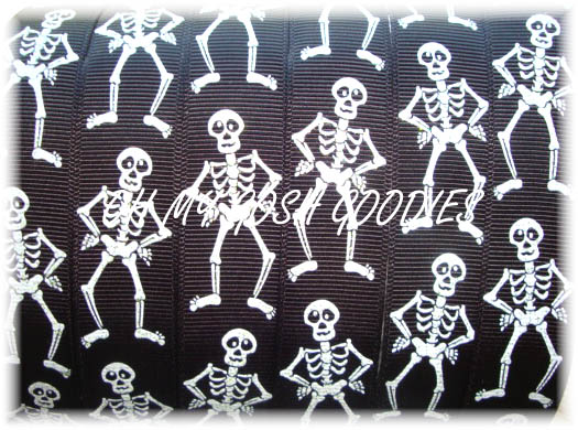 7/8 SPOOKY SKELETONS - 5 YARDS