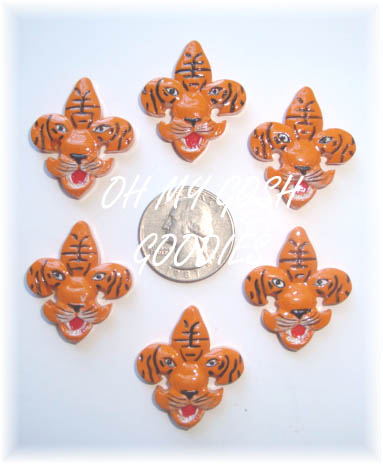 2PC TIGER FACE FLEUR DE LIS RESINS