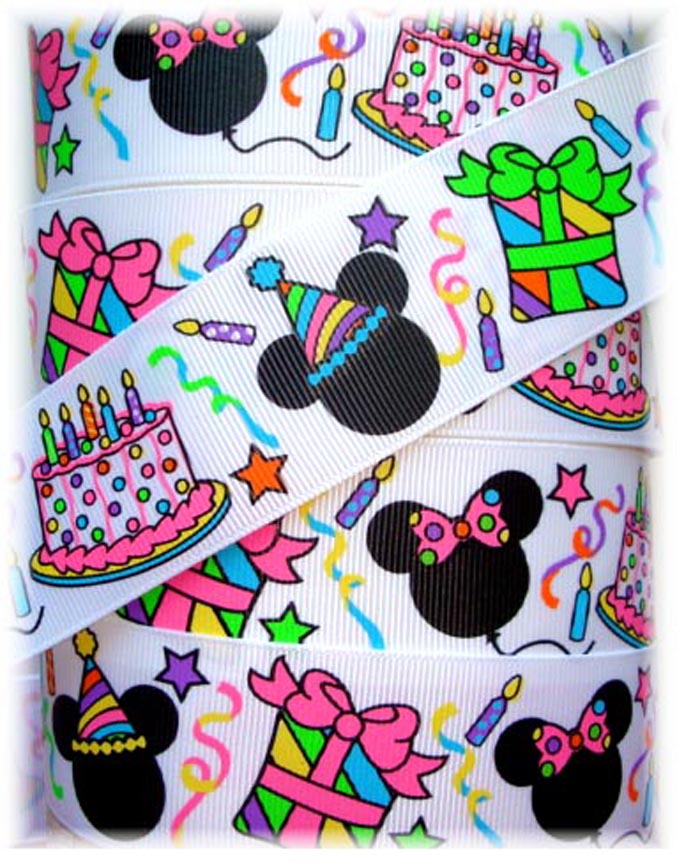 1.5 HAPPY BIRTHDAY MICKEY MINNIE - 5 YARDS