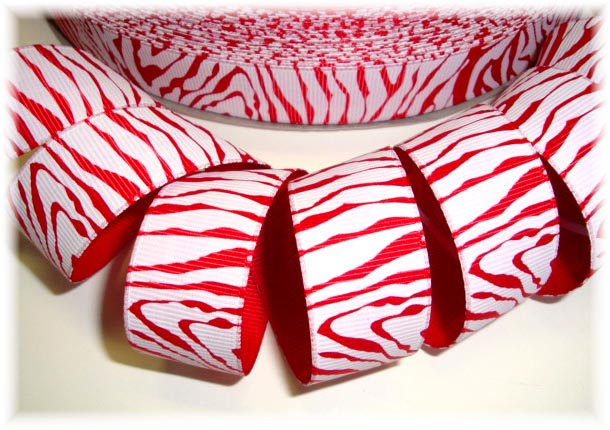 7/8 * SALE*  CHRISTMAS ZEBRA RED WHITE - 5 YARDS