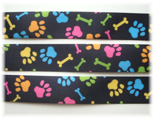 7/8 OOAK PUPPY DOG BONES BLACK - 2 2/3 YARDS