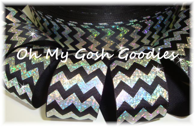 1.5 HOLOGRAM SILVER CHEVRON BLACK - 5 YARDS