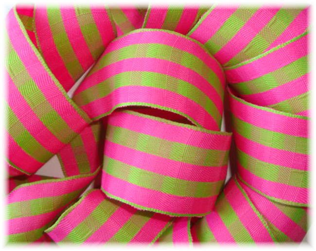 1.5 WIRED PINK LIME CHECK CHECKER - 4 YARDS