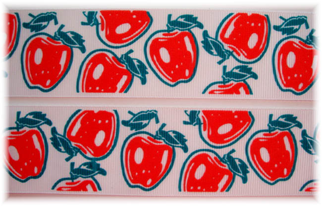1.5 VINTAGE CLASSIC APPLES - 5 YARDS