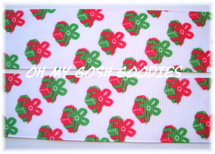 1.5 RED GREEN PRESENTS - 5 YARDS