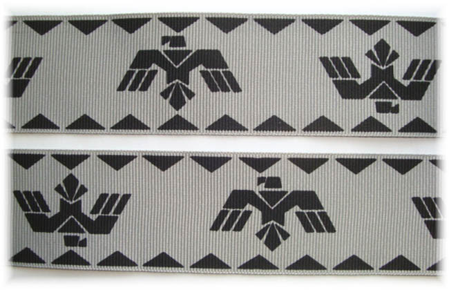 1.5 AZTEC SYMBOL GRAY - 5 YARDS