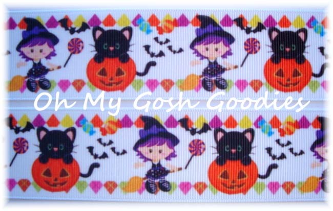 1.5 GOOD WITCH HALLOWEEN - 5 YARDS