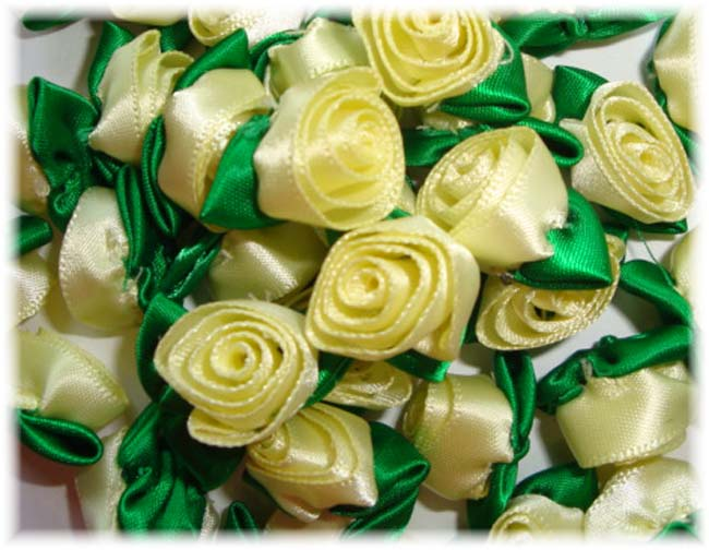 12PC YELLOW BARREL ROSEBUD EMBELLISHMENTS
