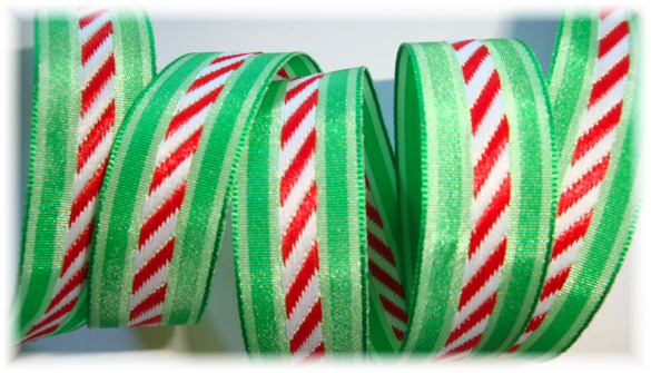 5/8 CHRISTMAS PEPPERMINT STRIPE DIAGONAL - 3 YARDS