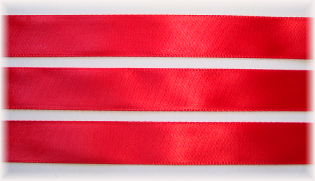 5/8 CHRISTMAS OFFRAY RED SATIN - 5 YARDS