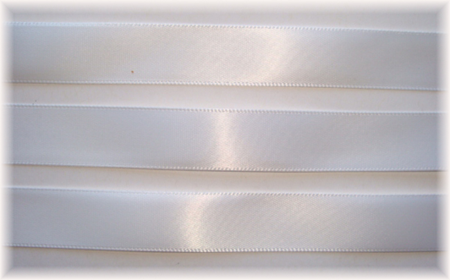 5/8 EASTER OFFRAY WHITE SATIN - 5 YARDS
