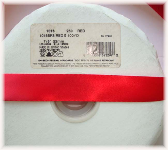 7/8 CHRISTMAS OFFRAY RED SATIN - 5 YARDS
