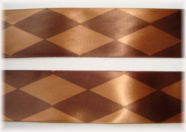 1.5 VENUS GOLD & BROWN JESTER SATIN - 6 3/4 YARDS