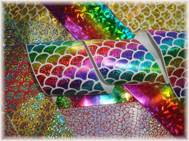 "OOAK PH20 GOODY BAG 3"" HOLOGRAM TICK TOCK REMNANTS - 5 YARDS"