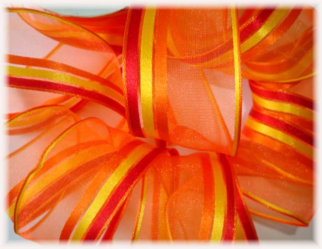 1.5 WIRED OFFRAY ORANGE FLAME FIESTA STRIPE - 5 YARDS