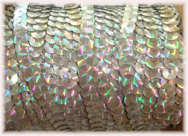 "* IRRIDESCENT * SILVER SINGLE SEQUIN STRAND 1/4"" - 10 YARDS"