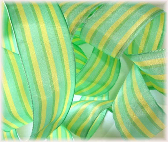 1.5 OOAK MINT & YELLOW STRIPE WIRED - 6 3/4 YARDS