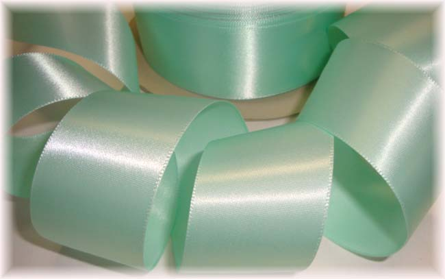1.5 OFFRAY PASTEL GREEN SINGLE FACE EASTER / WEDDING SATIN - 5 YARDS