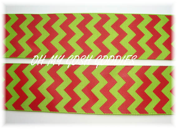 1.5 HOLIDAY * LIME * RED CHEVRON STRIPE - 5 YARDS