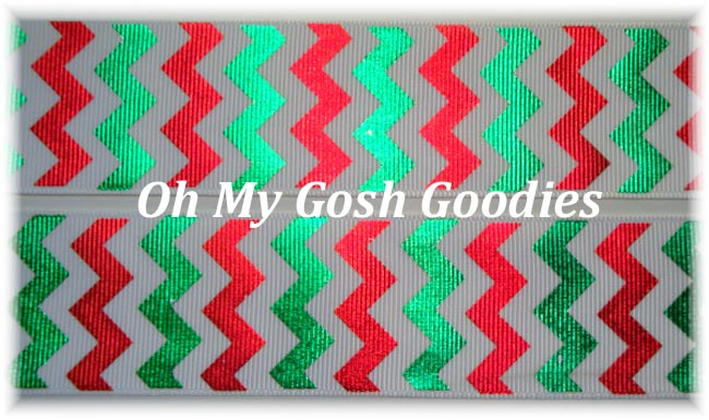 2 1/4 OOAK METALLIC SHINY FOIL RED GREEN CHRISTMAS CHEVRON - 4 2/3 REMNANT YARDS