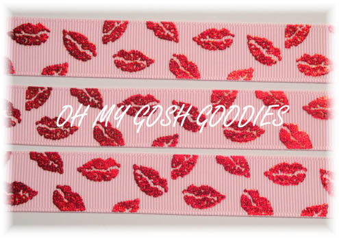 7/8 RED FOIL SMOOCHIE LIPS PINK - 5 YARDS