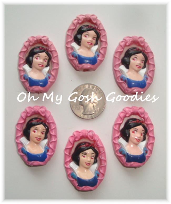 2PC  LICENSED SNOW WHITE EMBELLISHMENTS - LIMITED QUANTITY