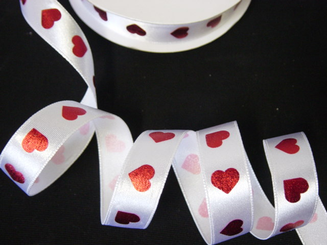 5/8 RED FOIL VALENTINE HEARTS - 5 YARDS