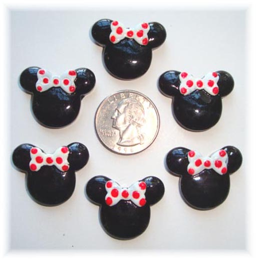 2PC MINNIE 2 WHITE / RED BOW RESIN